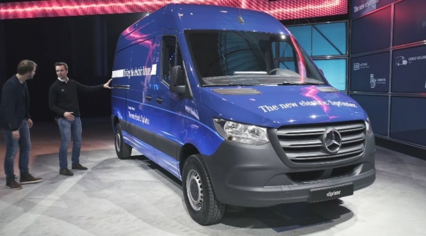 Mercedes-Benz eSprinter - немецкий автоконцерн продолжает электрифицировать коммерческий транспорт